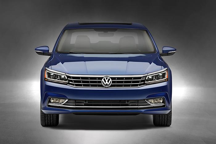 Volkswagen Passat 2016 frontal