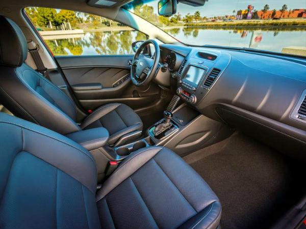 Kia Forte 2017 interior