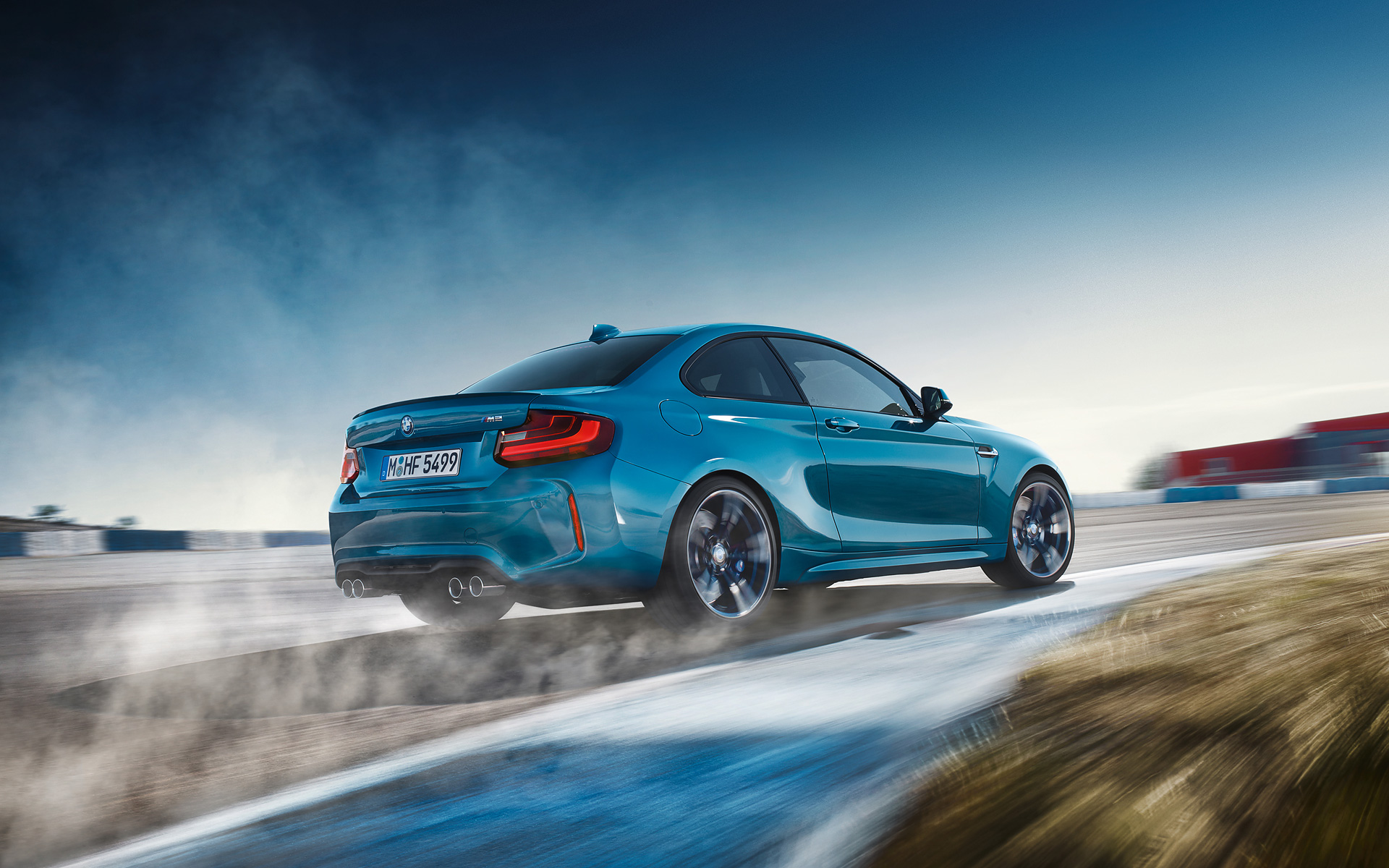 BMW M2 Coupé 2017 vista posterior