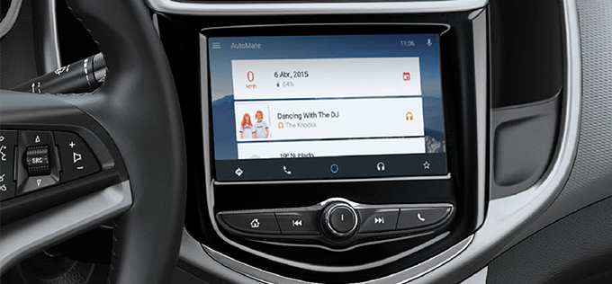 Chevrolet Sonic 2017 en México pantalla Touch con Apple CarPlay y Android Auto