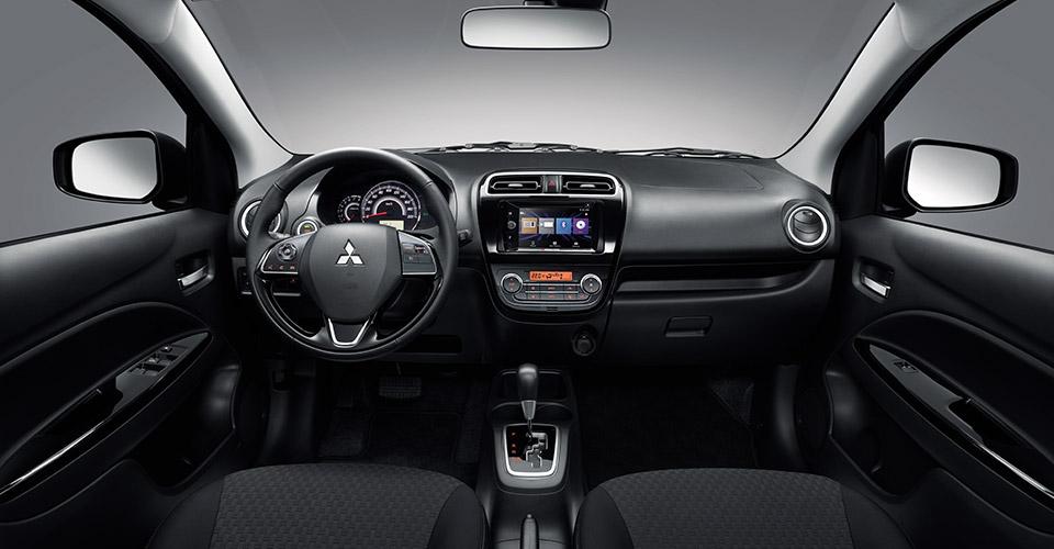 Mitsubishi Mirage 2017 en México interior pantalla touch