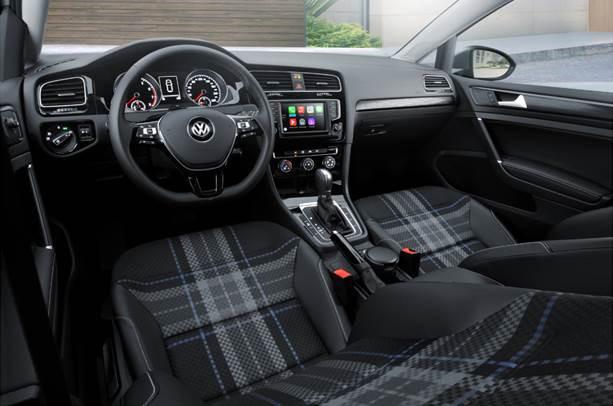 Volkswagen Golf Style 2017 en México, interiores