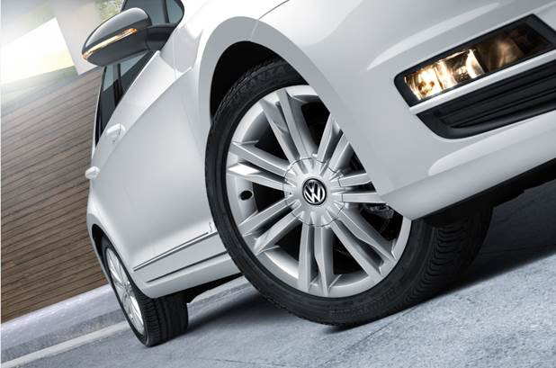 """Volkswagen Golf Style 2017 en México, nuevos rines de 17"""""""