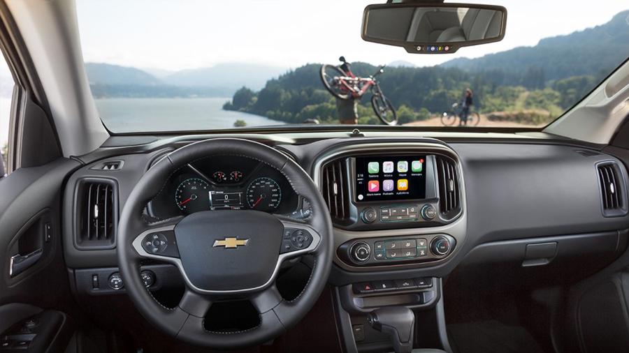 Chevrolet Colorado 2017 en México interior pantalla touch Android Auto y Apple CarPlay