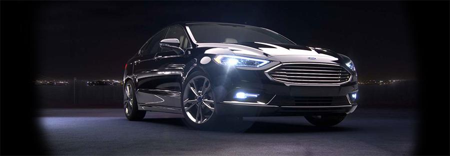 Ford Fusion híbrido 2017 color negro