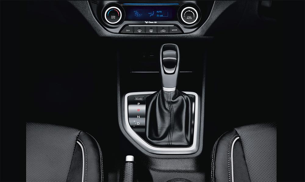 Hyundai Creta 2017 en México interior palanca