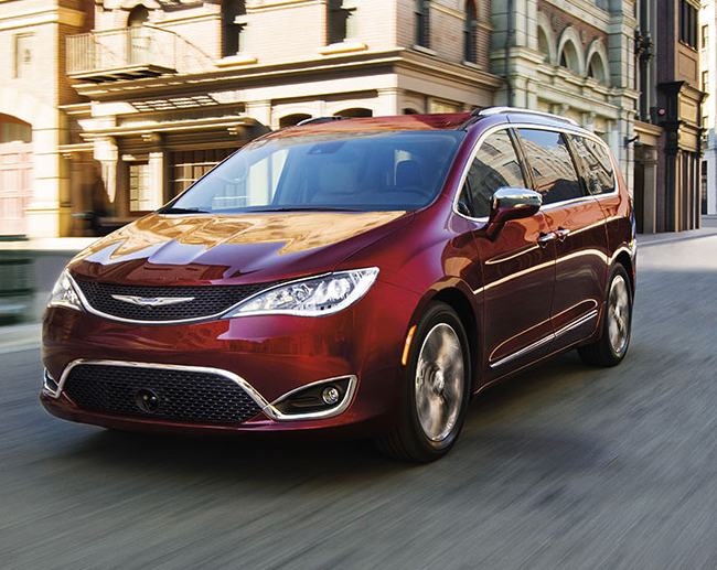 Chrysler Pacifica 2017 México  color rojo