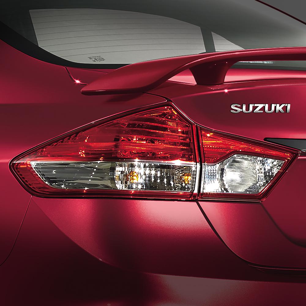 Suzuki Ciaz RS 2017 Luces Traseras