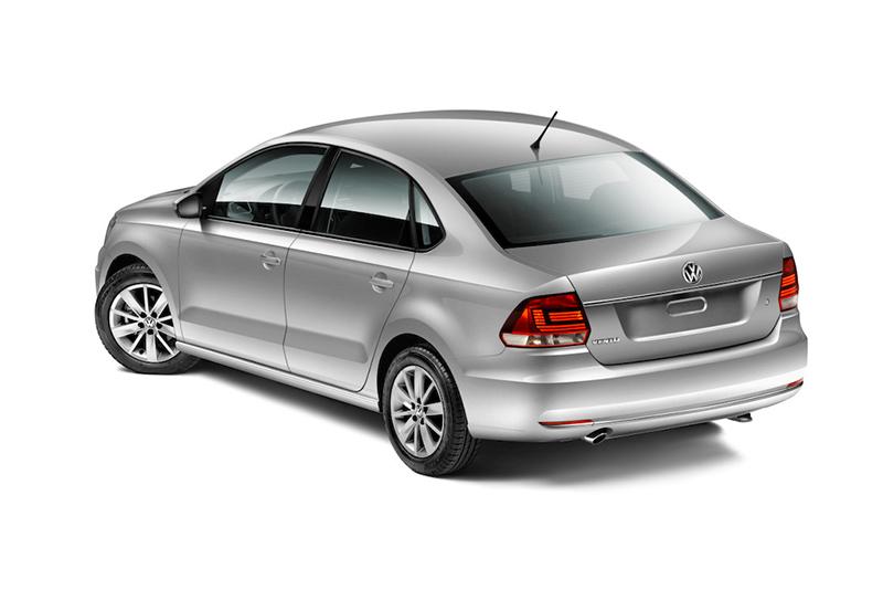Volkswagen Vento 2017 color gris