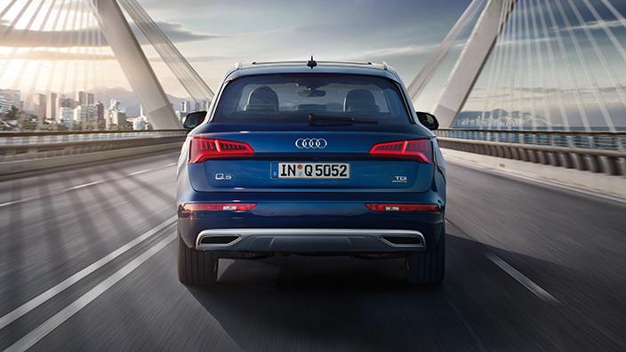 Audi Q5 2018 en México color azul posterior cajuela
