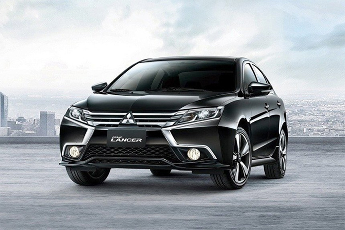 Mitsubishi Grand Lancer 2018 color negro