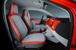 Volkswagen up! 2017 en México asientos con detalles en rojo