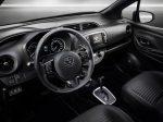 Toyota Yaris 2018 interior con pantalla touch