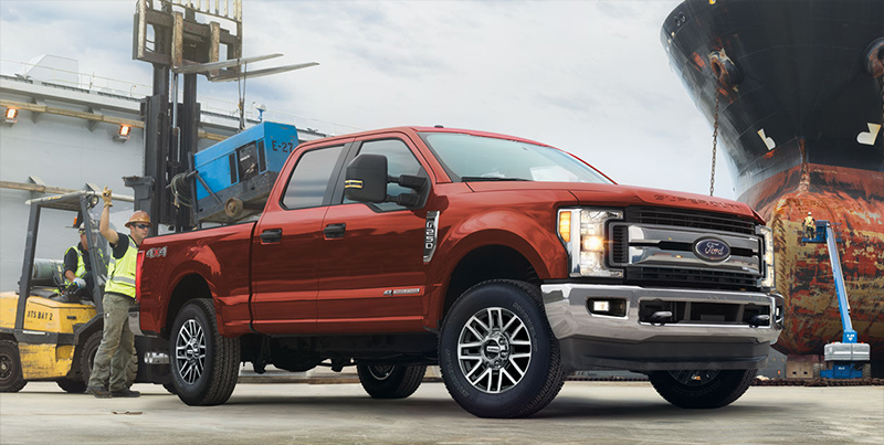 Ford F-250 Super Duty 2017 color rojo