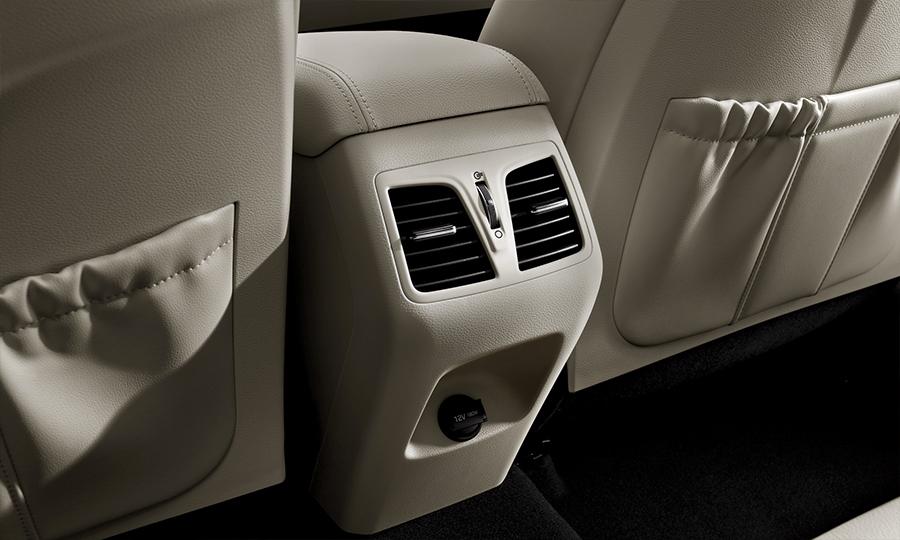 Hyundai Sonata 2017 en México interiores aire acondicionado de 2 zonas