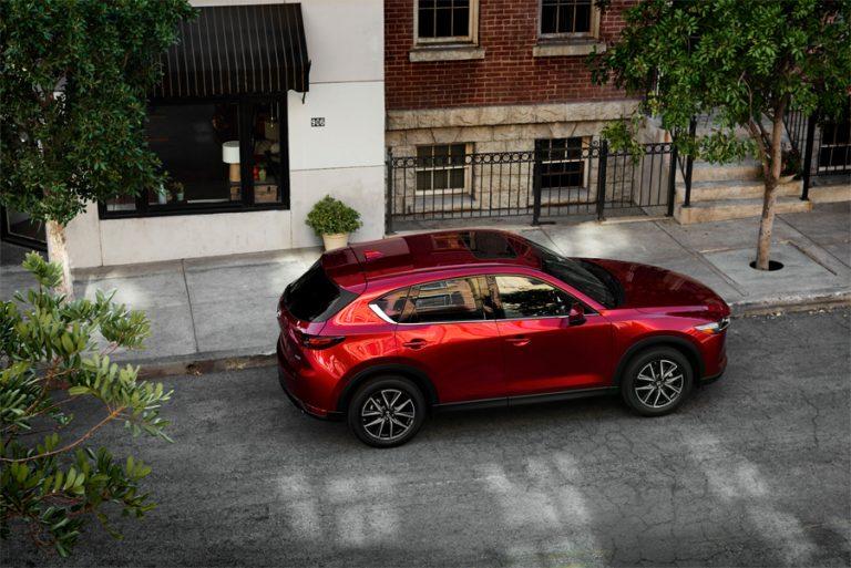 Mazda CX-5 en México nuevo color rojo con tecnología por capas