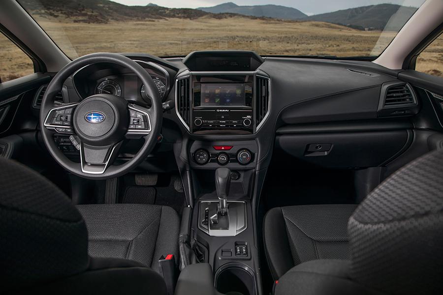 Subaru Impreza 2017 en México, interiores pantalla touch Android Auto y Apple CarPlay