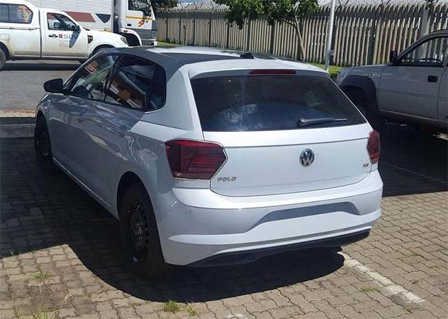 Nuevo Volkswagen Polo 2018 fotos sin camuflaje  parte posterior calaveras