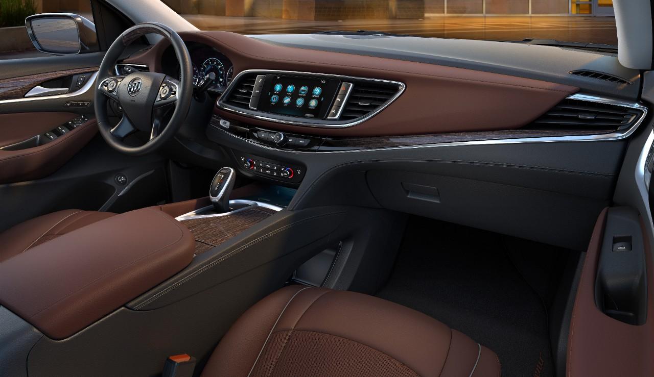 Buick  Enclave Avenir 2018  interior pantalla touch con Android Auto y Apple CarPlay