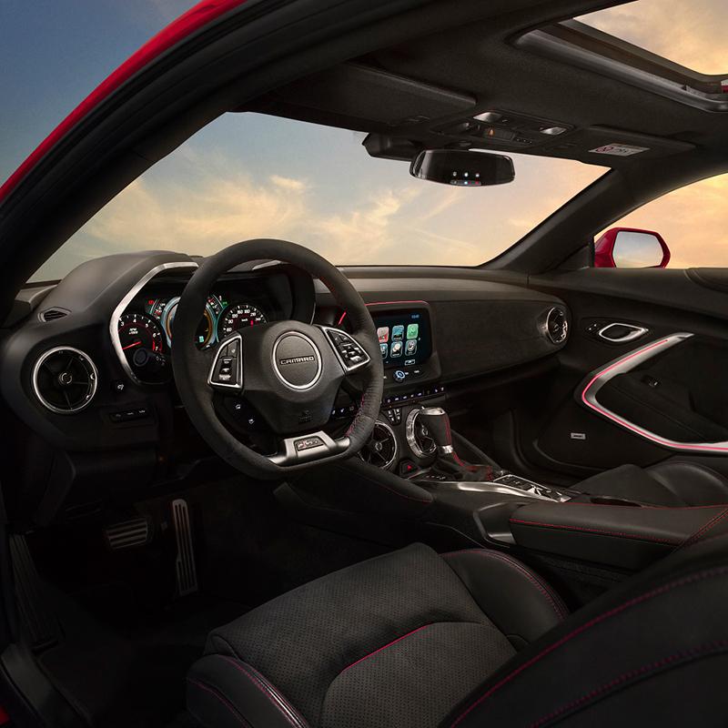Chevrolet Camaro ZL1 2017 México interiores en piel con calefacción, Apple CarPlay y Android Auto