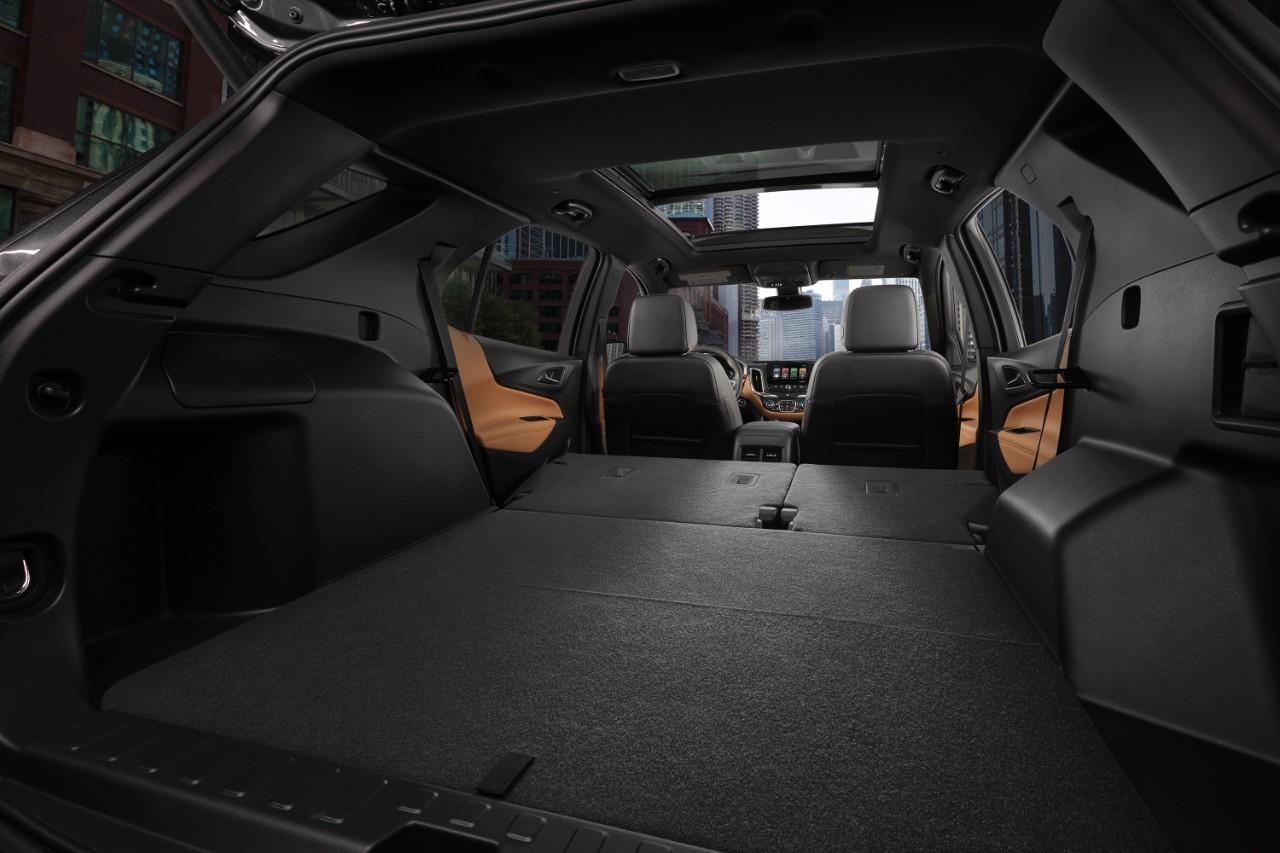 Chevrolet Equinox 2018 México interior espacioso, asientos plegables