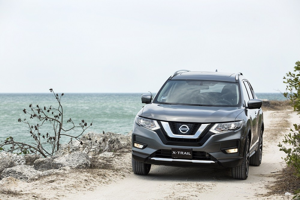 nissan x trail 2018 ya en m xico precios y versiones autos actual m xico. Black Bedroom Furniture Sets. Home Design Ideas