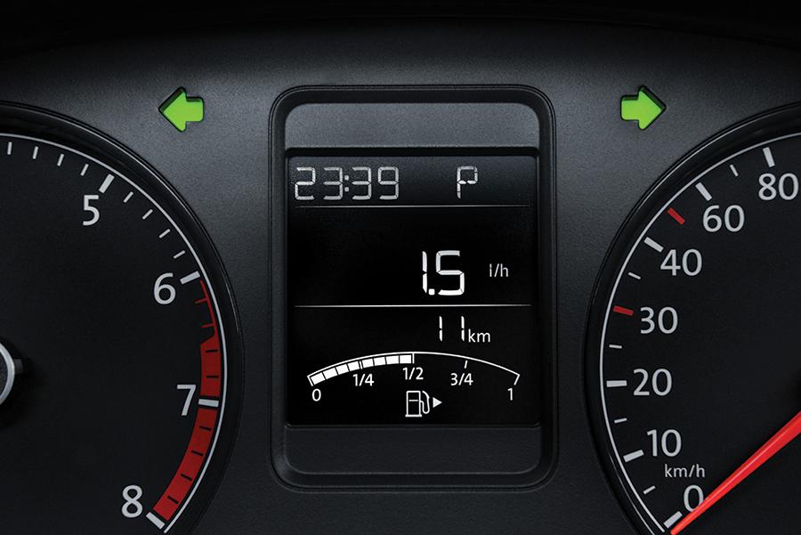 Nuevo Volkswagen Vento TDI 2018 en México pantalla asistente conductor