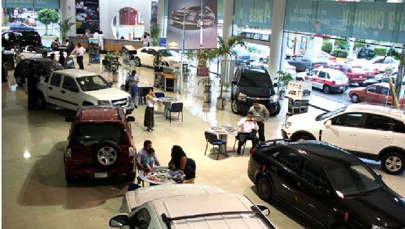 Venta de autos en México disminuye