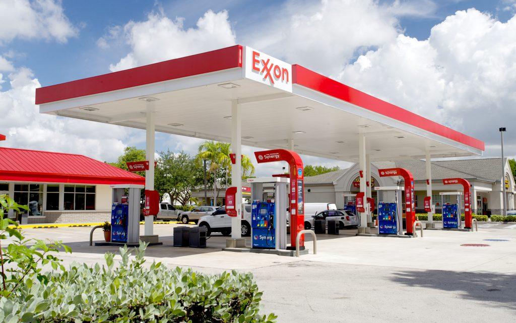 ExxonMobil llega con estaciones de servicio este año