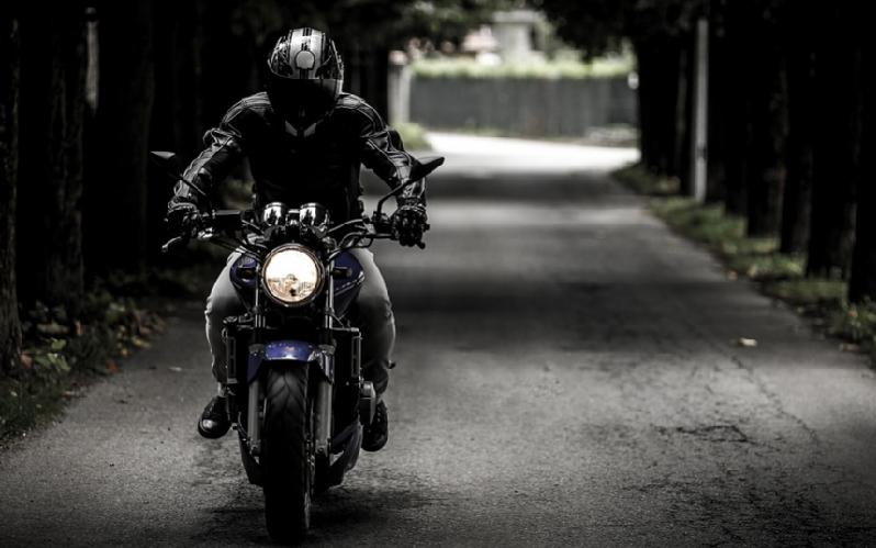 Decálogo de la buena conducción para motociclistas