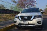 Nissan Pathfinder 2017 prueba en la CDMX por Autos actual faros frontales y parrilla