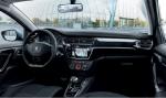Peugeot 301 2018 interior delantero