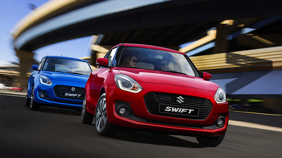 Suzuki Swift 2018 en México color azul y rojo