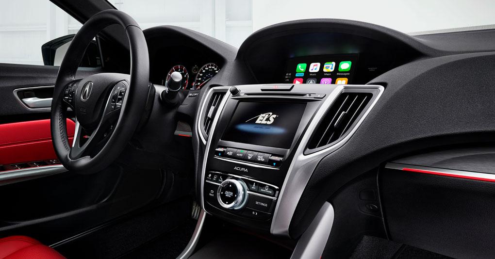 Acura TLX 2018  en México   interior doble pantalla de info-entretenimiento y touch