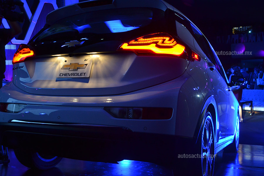 Chevrolet Bolt EV 2018 en México posterior luces LED