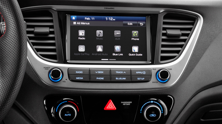 Hyundai Accent 2018 nuevo pantalla touch de 7 pulgadas con Android Auto y Apple CarPlay