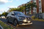 Prueba Nissan Kicks 2017 estacionado