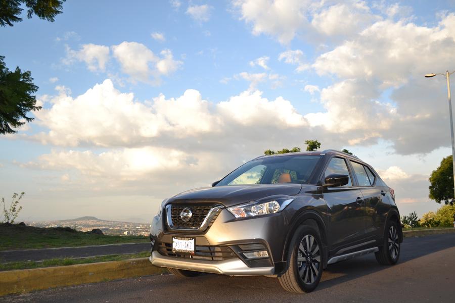 Prueba Nissan Kicks 2017  en calle paisaje CDMX