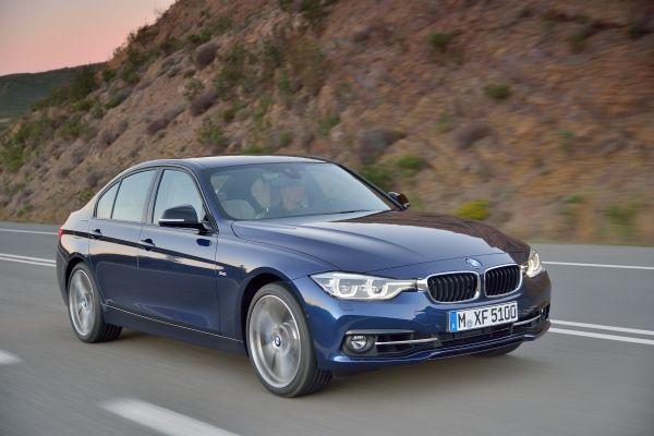 BMW 318iA 2018 perfil