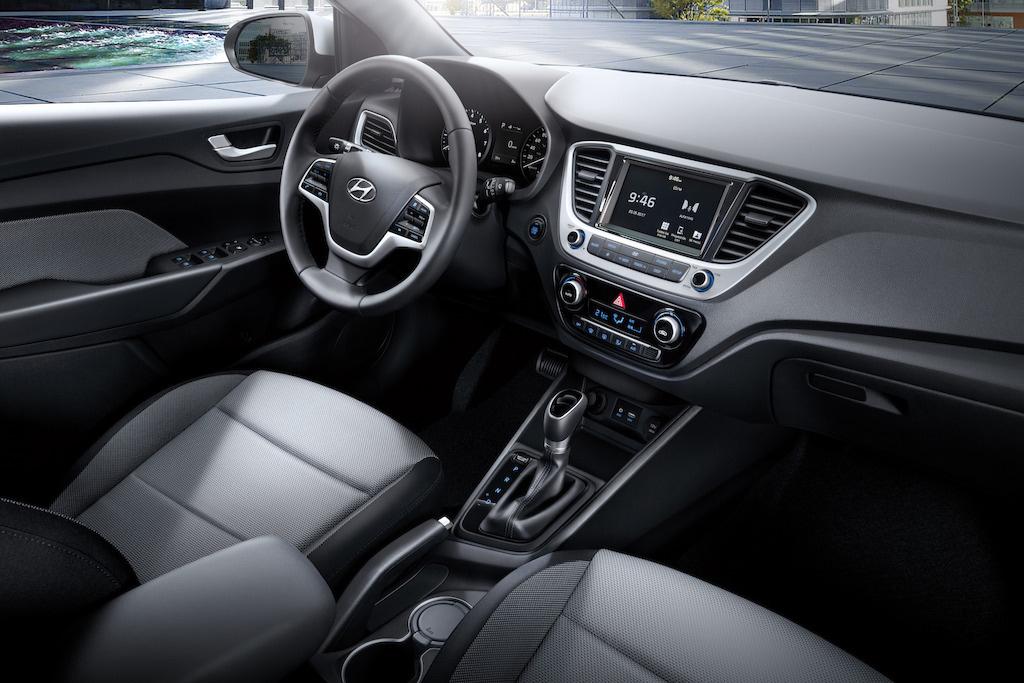 Hyundai Accent 2018 en México interior pantalla touch con ...