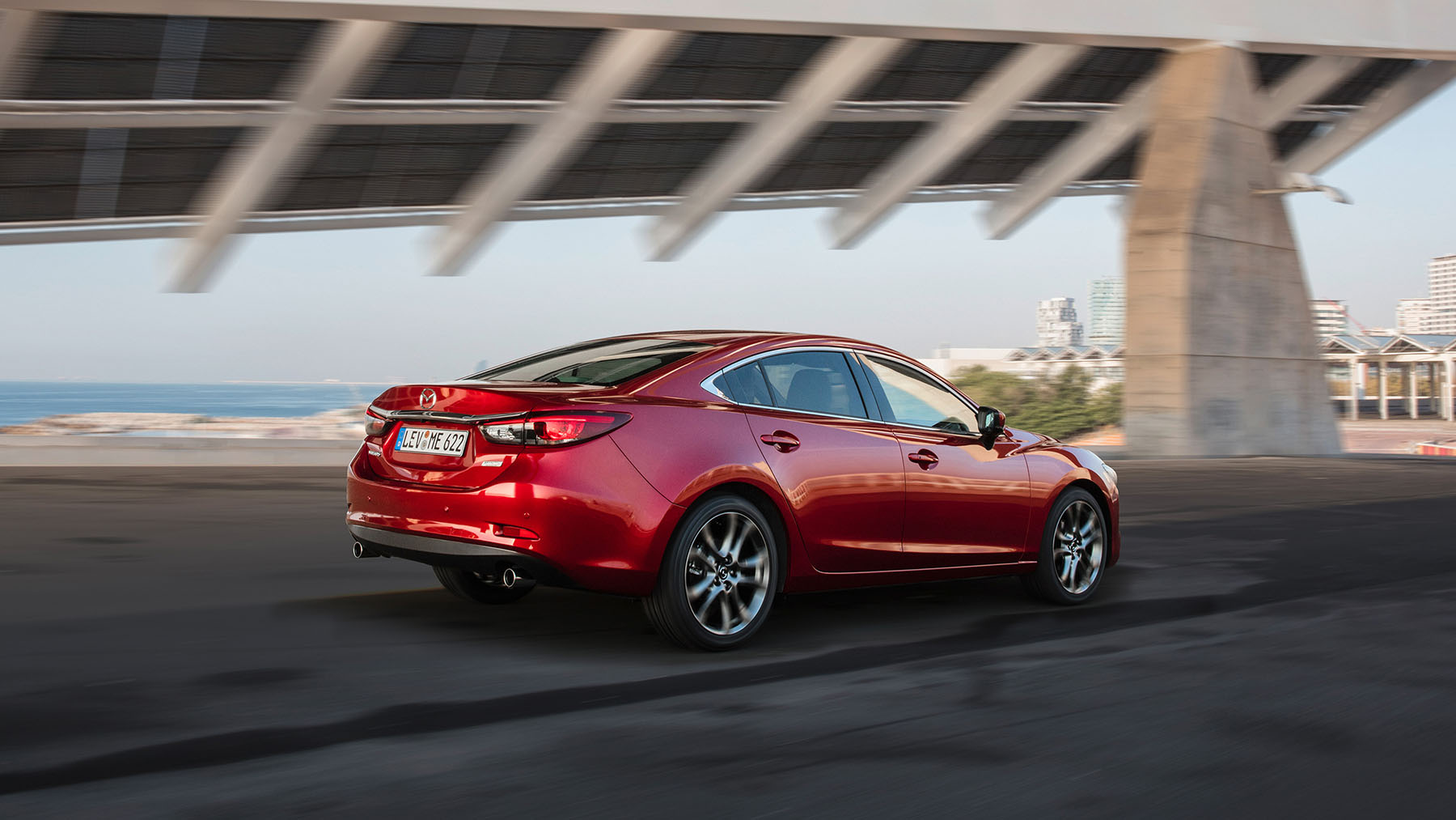 Mazda 6 2018 rojo posterior