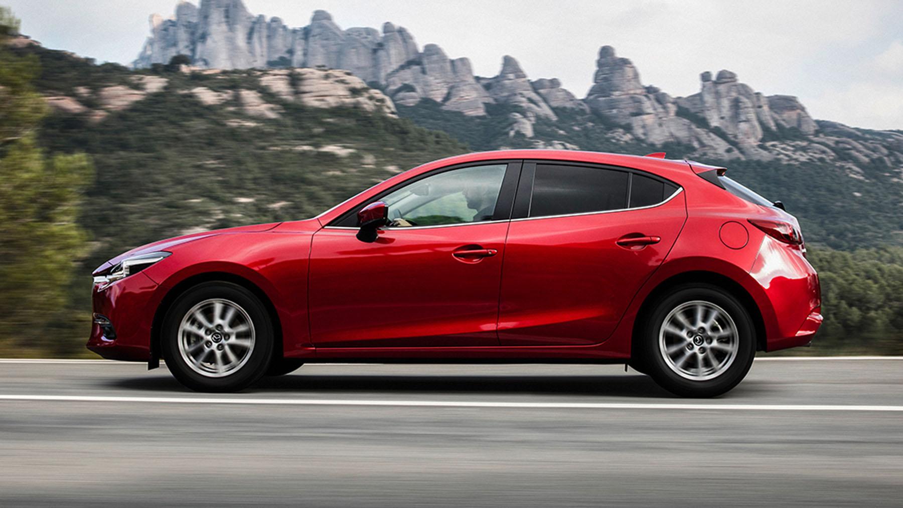 Mazda 3 Hatchback >> Mazda 3 2018 hatchback en México color rojo lateral izquierdo - Autos Actual México
