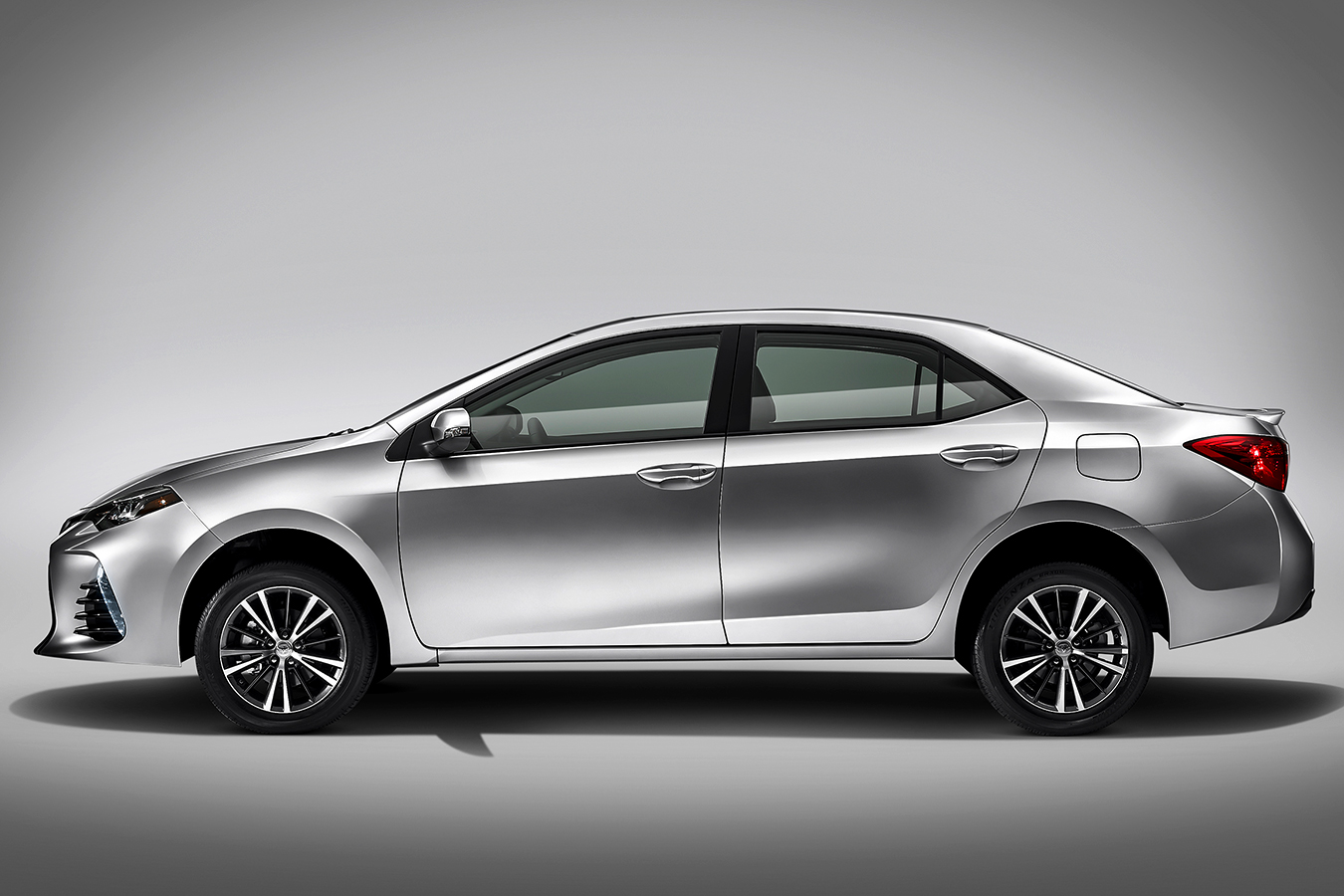 Toyota Corolla 2018 lateral
