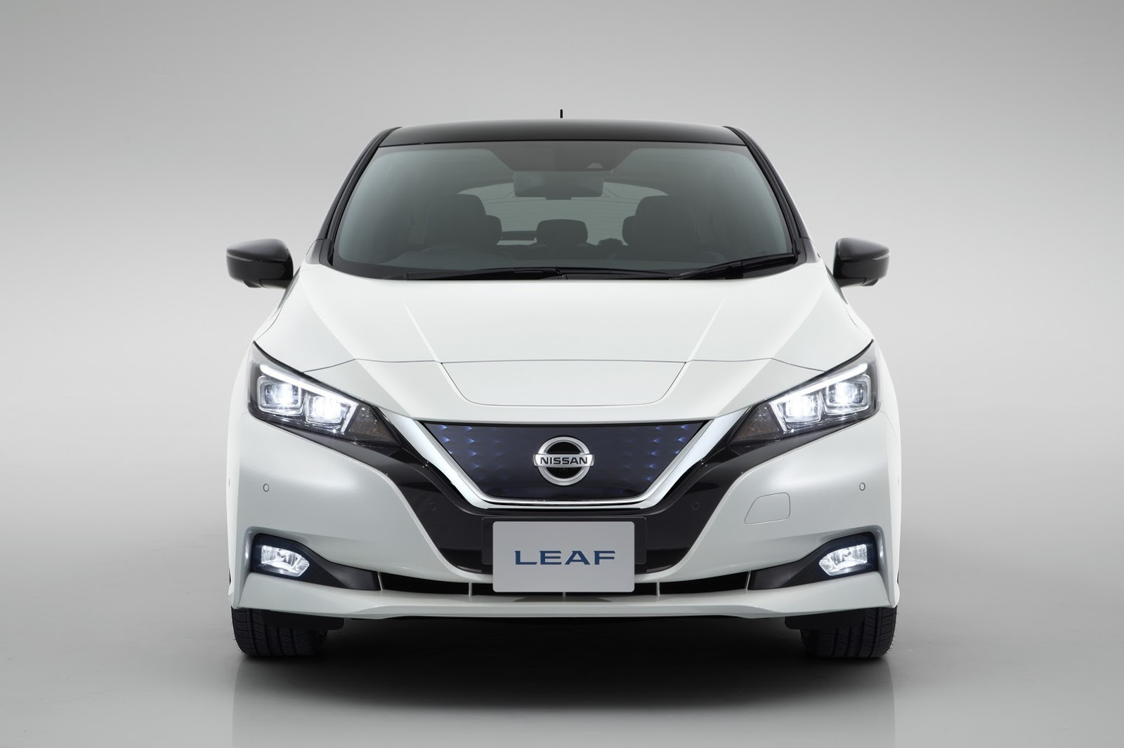 Nissan Leaf 2018 frente