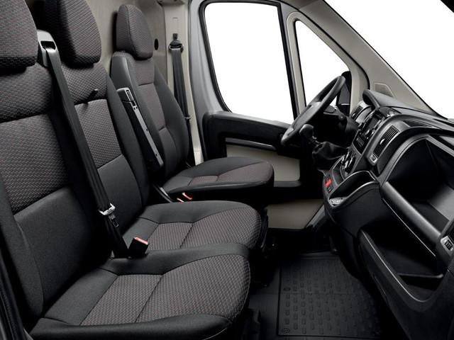Peugeot Manager 2018 asientos