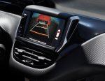 Peugeot 208 2018 pantalla táctil