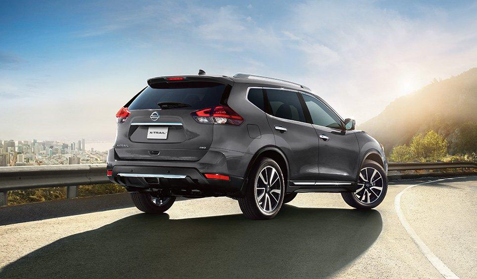 Nissan X-Trail 2018 perfil posterior