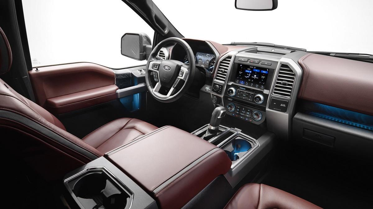 Ford Lobo 2018 interior