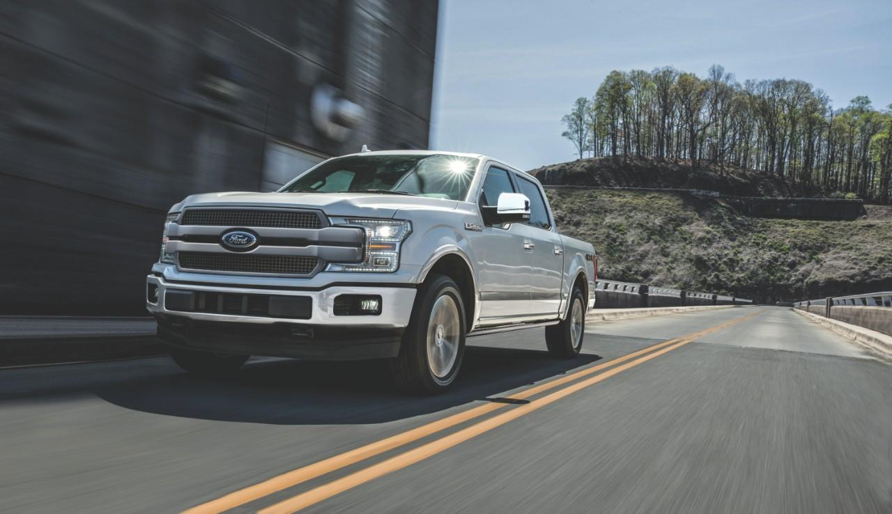 Ford Lobo 2018 frente