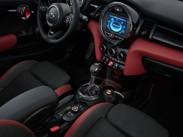 Mini Cooper S 15 aniversario interior controles